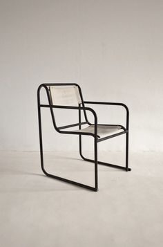 'RP-7' chair by Bruno Pollak for PEL,1932