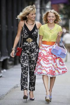 Lindsey Gort and AnnaSophia Robb > Samantha and Carrie