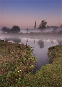 Lechlade, Gloucestershire, UK by Phil Selby, via Flickr
