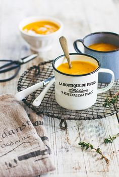 Sweet Potato Soup #recipe by Pretty Simple Sweet, for your weekend lunch #sweetpotato