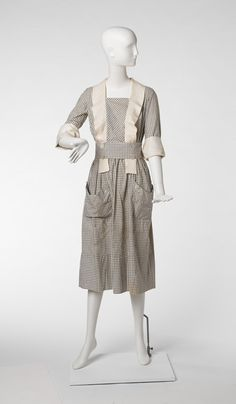 Dress B. Altman Co., retailer American, 20th century Dress, between 1914-1919 Cotton and linen 78.032.3