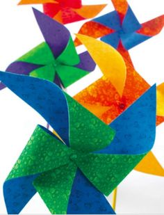 These fabric pinwheels are loads of fun to make AND use! Kid's will love these :)