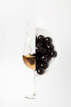 This is the first post in a series exploring the influence of tapas in food design. Tapas, those sav Cocktail Photography, Wine Photography, Photography Ideas, Tapas Recipes, Wine Recipes, Tapas Food, Wine Design, Food Design, Pinot Noir