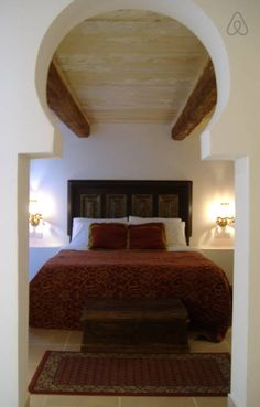 Luxurious Main bedroom Suite with own bathroom and changing room Changing Room, Rental Apartments, Malta, Perfect Place, Townhouse, Traditional, Bathroom, Luxury, Bed