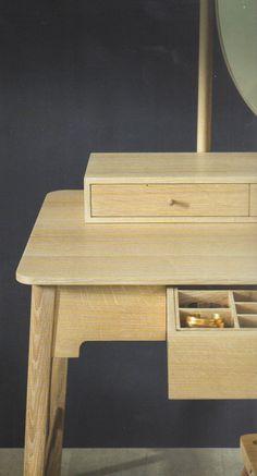 Pinch design:bois massif belles finitions.