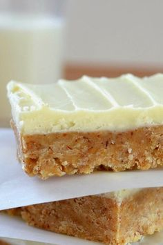 You've gotta taste this easy recipe for White Chocolate Almond Butter Squares! .....# 10 on my new list! .......Top 20 Best: Easy Dessert Bar Recipes .......(ONLY 5 INGREDIENTS,or less--Always!). ......Click the image for the recipe.
