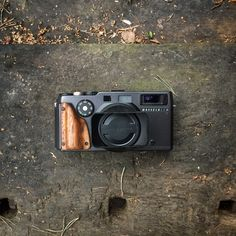 Handmade wooden grip for Hasselblad Xpan Handmade Wooden, Photo And Video, Photography, Instagram, Nature, Design, Pictures, Deco, Photograph