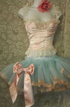 Beautiful corset and tutu Burlesque, Cinderella Story, Vintage Dresses, Vintage Outfits, Vintage Ballet, Vintage Lingerie, Pin Up, Couture Vintage, Frill Dress