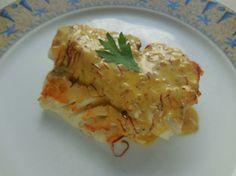 Cuisine-facile.com : Dos de cabillaud au safran : Un épais filet de poisson, ici du dos de cabillaud, grillé et servi avec une sauce qui est une réduction de vin blanc et échalote au safran.