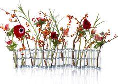 Vase April - kleine Ausführung -  L 55 cm x H 10 cm, Klein - L 55 cm x H 10 cm von Tsé-Tsé finden Sie bei Made In Design, Ihrem Online Shop für Designermöbel, Leuchten und Dekoration.