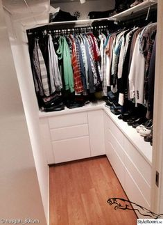 Dress Room Ikea Walk In Ideas Source by room ideas Small Walkin Closet, Small Walk In Wardrobe, Narrow Closet, Walk In Closet Design, Bedroom Closet Design, Master Bedroom Closet, Small Closets, Built In Wardrobe, Closet Designs
