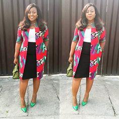 Super Stylish Ankara Jackets For Queens African Fashion Ankara, African Inspired Fashion, Latest African Fashion Dresses, African Dresses For Women, African Print Fashion, African Attire, African Wear, African Outfits, Ankara Styles For Women