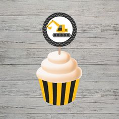 This theme is explosive! Dump everything and grab our adorable construction themed printables. Product Includes: 3 Designs in PDF format Prints 3 per page Construction Cupcakes, Construction Party, Cupcake Wrappers, Party In A Box, Party Printables, Invitations, Prints, Design
