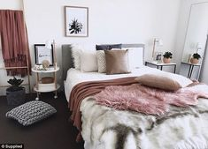 Is this the ultimate Kmart mum? – New home style – einrichtungsideen wohnzimmer Cozy Living Rooms, Home And Living, Living Room Decor, Room Ideas Bedroom, Bedroom Decor, Teen Bedroom, Bedroom Inspo, Master Bedroom, Bedrooms