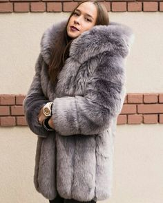 Shearling Coat, Parka Coat, Vintage Fur, Vintage Ladies, Vintage Bags, Chinchilla, Fur Fashion, Winter Fashion, Fur Coats For Sale