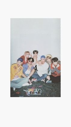 Most Beautiful Lock Screen Iphone Bts for Your iPhone 11 Pro Max Namjoon, Bts Bangtan Boy, Taehyung, Jhope, Bts Wallpapers, Bts Backgrounds, Bts Lockscreen, Aesthetic Iphone Wallpaper, Aesthetic Wallpapers