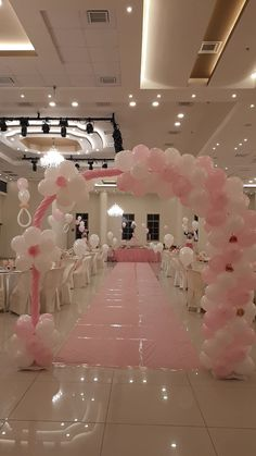 This is the place I want the backdrop curtains but I don't want the curtains like this Balloon Decorations Party, Birthday Decorations, Baby Shower Decorations, Wedding Decorations, Balloon Columns, Balloon Arch, Shower Party, Bridal Shower, Deco Ballon