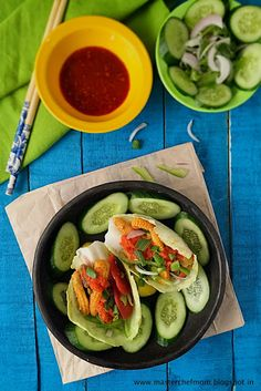 Hi Supermoms, A twist to the regular tacos this Salad Taco with plenty of green leafy vegetables is a healthy anytime snack. With summers at it's peak, this recipe is refreshing and sumptuous. Infact, if you are on a low-carb diet, this taco is perfect for you. It is high on anti-oxidants andrich in fibre too. These tacos can be served as party starter or can be easily assembled during your picnics. A must try lunch or dinner snack that is sure to make you feel light and guilt-free…