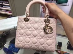 Lady Dior rose lambskin bag www.benluxmall.com #ladydior #benluxmall.com #lady #dior