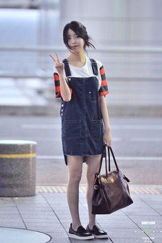 IU Airport Fashion | CINDY