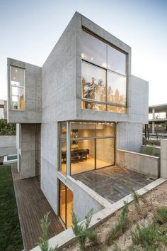 Gallery of Villa 131 / Bracket Design Studio - 9