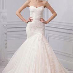 Monique Lhuillier mermaid wedding dress