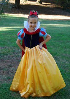 Sassy Snow White by Angelasews, via Flickr