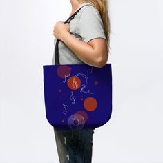 Stylish and functional tote bags that takes you from work to weekend! #totebags #shoppingbags #fabricbag #reusablebag #grocerybags #womanaccessories #alltimebag
