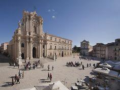 Piazza Duomo - Cattedrale S.Lucia
