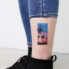 Literally Every Summer Tattoo You Never Knew You Needed - TattooBlend Tattoo Girls, Girl Rib Tattoos, Girl Face Tattoo, Girl Shoulder Tattoos, Girl Power Tattoo, Girls With Sleeve Tattoos, Body Art Tattoos, Leg Tattoos, Small Quote Tattoos