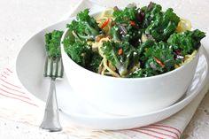 Kalettes® chinois au wok - Chouxdebruxelles.eu Chou Kale, Seaweed Salad, Wok, Green Beans, Vegetables, Health, Ethnic Recipes, Health Care, Vegetable Recipes
