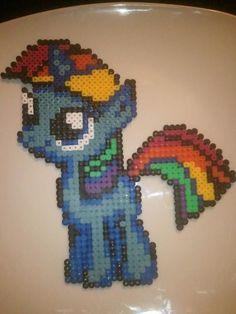 MLP Rainbow Dash hama beads by l-atelier-des-nonoy-s