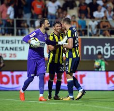 Alanyaspor 1-4 FB penaltı atışı için mini toplantı.