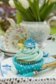 blue wedding cupcake