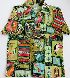 DISNEY ENCHANTED TIKI ROOM  Shirt Limited Edition Small  NWOT  Crew Hawaiian