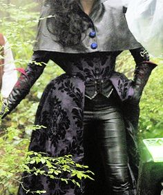 Evil Queen's costume, Once Upon a Fashion