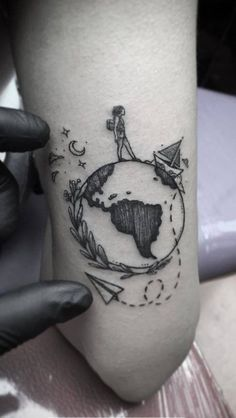 beautiful world card and globe tattoos – # Check more at welt. beautiful world card and globe tattoos – # Check more at welt.,Welt beautiful world card and globe tattoos –. Mini Tattoos, Body Art Tattoos, New Tattoos, Tattoo Art, Tatoos, Sleeve Tattoos, Paar Tattoos, Tatuajes Tattoos, Unique Tattoos