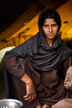 Bakarwal woman, outside Srinagar, Kashmir - Barry Goyette