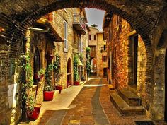 Medieval Village, Perugia, Italy: I see pictures of Italy and my soul yearns to be there. I belong there.