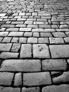 Pavimento A Coruña / Pavement A Coruña Backgrounds Wallpapers, Season 2, Aquarius, Pop Up, Photography Ideas, Campaign, Sidewalk, How Are You Feeling, Exterior