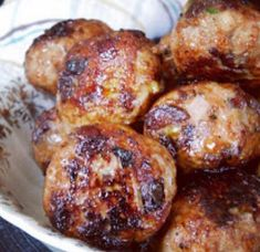 Recette : Boulettes sucrées de maman. One Pot Dishes, Main Dishes, Tasty Meatballs, French Toast Bake, My Best Recipe, What To Cook, Feta, Tapas, Quelque Chose