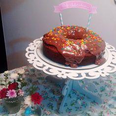 ☕+🎂=💞 .  .  .  .  .  .  . .  .  .    #cafe #bolo #bolodechocolate #cake #flores #lar #lardocelar #chuva #instagram #instahome