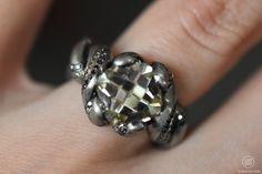 Otto Jakob, Kapok ring, white gold with diamond