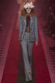 c22eeac3a22 Gucci Spring 2017 ready-to-wear collection Milan Fashion Week Catwalk  Fashion