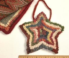 Rug Hooking, Wool Fabric, Punch Needle by Mary Johnson Rug Hooking Designs, Rug Hooking Patterns, Christmas Rugs, Christmas Ornaments, Primitive Stars, Star Ornament, Mary Johnson, Ornaments Design, Gift Exchange