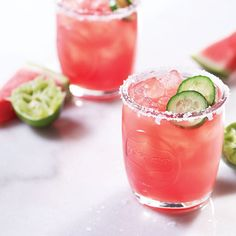 Refreshing for summer, try our Cucumber Watermelon Margarita with tequila, cucumber, watermelon and lime juice. Summer Cocktails, Cocktail Drinks, Cocktail Recipes, Summer Beverages, Craft Cocktails, Non Alcoholic Drinks, Fun Drinks, Party Drinks, Watermelon Margarita