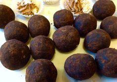 Raw kokosové lanýžky Pavlova, Raw Food Recipes, Ale, Muffin, Food And Drink, Drinks, Breakfast, Christmas, Drinking
