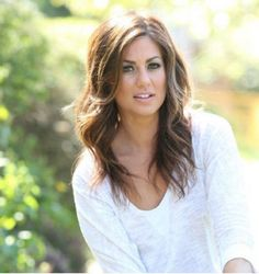 still pinch pennies,' TV host says Jillian Harris - one of my favorite interior designers! Plus, she has gorgeous hair.Jillian Harris - one of my favorite interior designers! Plus, she has gorgeous hair. Jillian Harris, Thanksgiving Makeup Looks, Thanksgiving Holiday, Wavey Hair, Work Hairstyles, Hair Today, Gorgeous Hair, Beautiful, Hair Dos