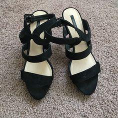 Velvet scrappy heels Black f21 velvet heels, quite comfortable Forever 21 Shoes Heels