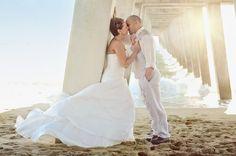 Wedding, wedding photo ideas, wedding poses, wedding photography, Florida, beach wedding, beach photography, jennifer Lynn photography, Venice, wedding dress